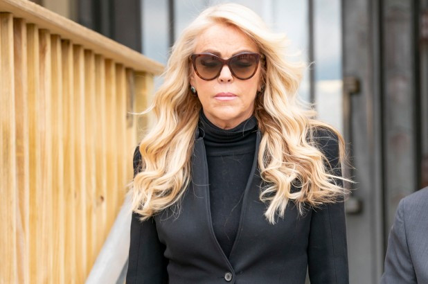 Mother of actress Lindsay Lohan to serve 18 days in jail after pleading guilty to drunk driving