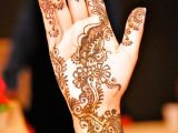 one hand mehndi design