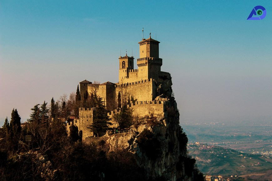 Day Trip to San Marino From Florence