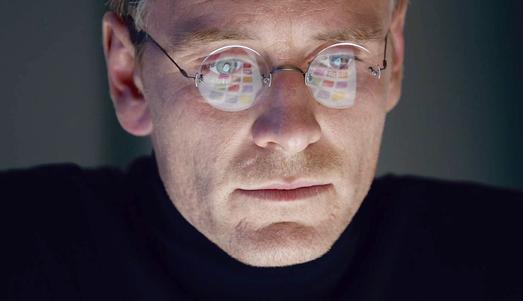 Michael Fassbender sees the future of 'Steve Jobs,' is it an Oscar?