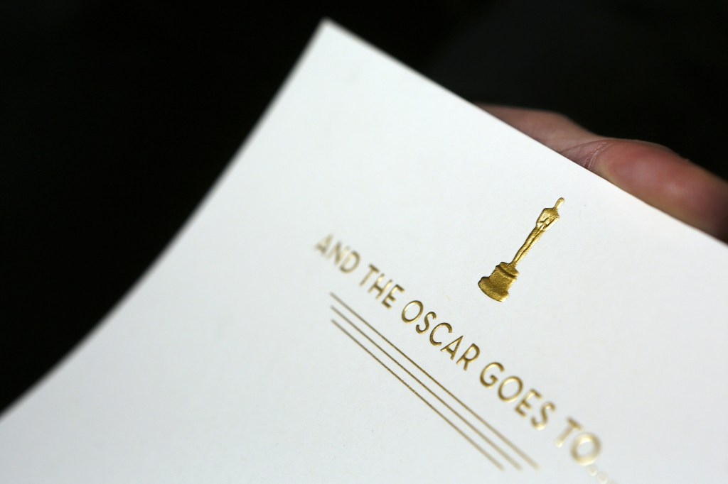 and-the-oscar-goes-to-envelope