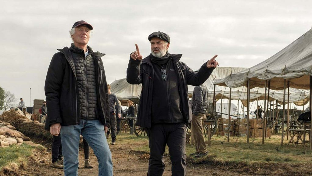 Roger Deakins and Sam Mendes on the set of 1917 (Universal Pictures / Dreamworks)