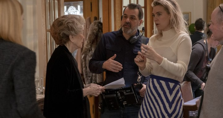 PIECES OF A WOMAN: (L to R) Ellen Burstyn as Elizabeth, Director Kornél Mundruczó, and Vanessa Kirby as Martha.