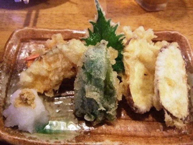 遅れて揚げたて天ぷら登場