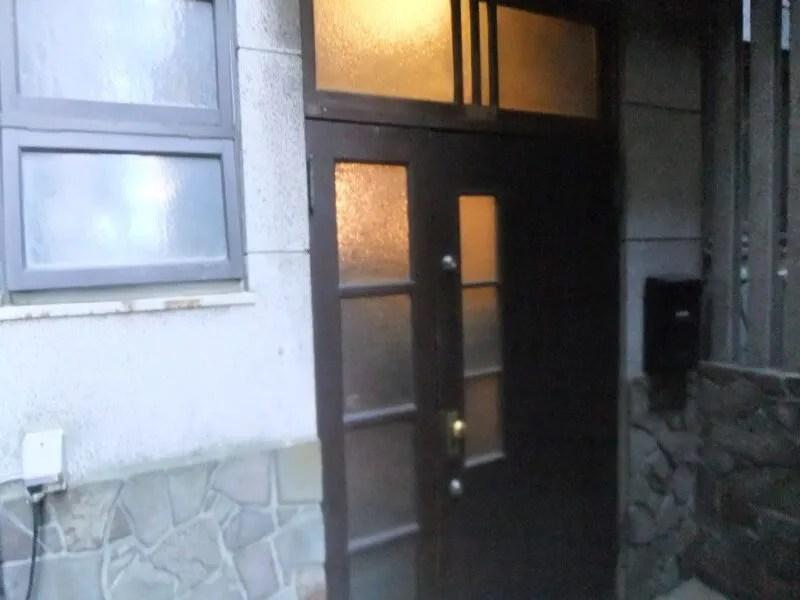 眠庵の玄関