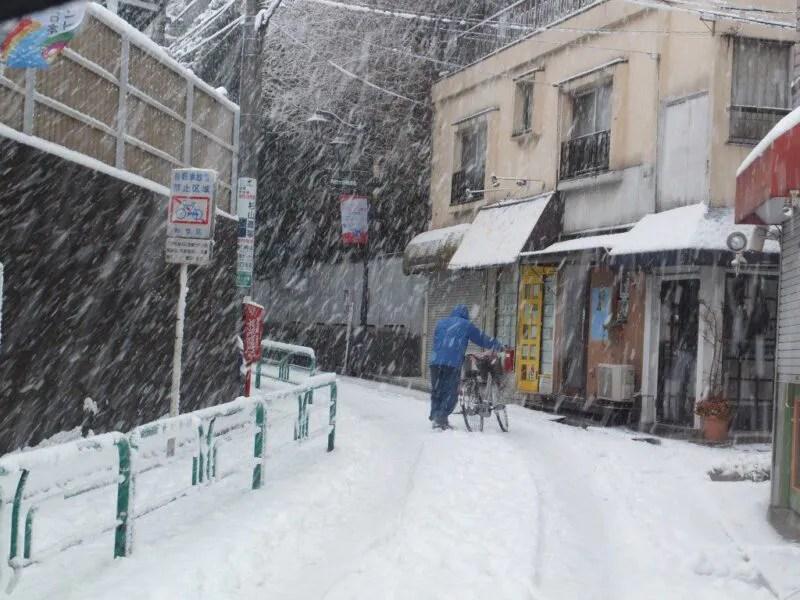 東京は珍しく大雪
