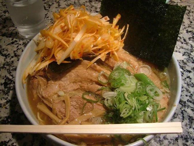 チャーシュー麺大盛り+ネギトッピング