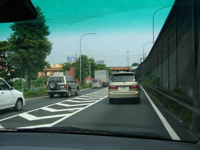 大混雑する道路