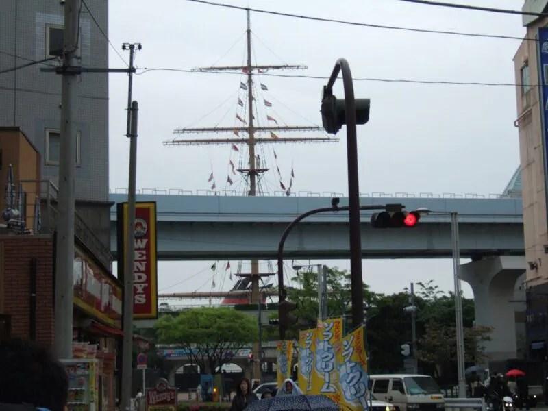 竹芝桟橋を目指す