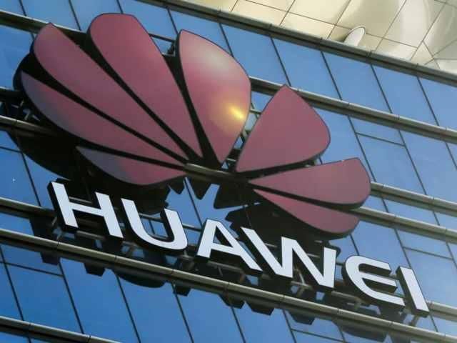 Le fondateur de Huawei à la défense de Apple en Chine
