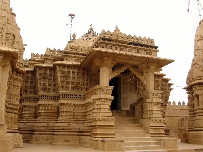 Jain Temple Jaisalmer - What to Explore in Wonderful Golden City Jaisalmer