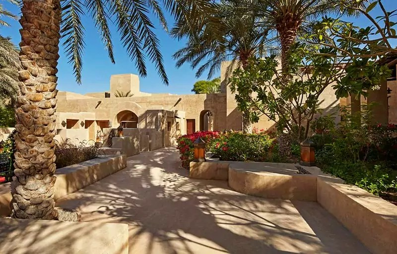 Bab Al Shams Architecture 2 - Things to do in Dubai with family - Dubai Travel Guide