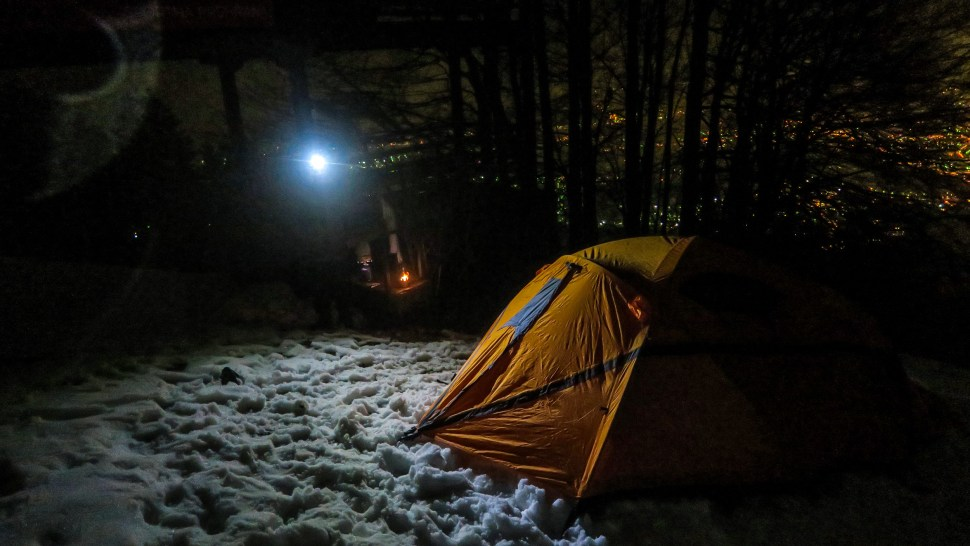 We put up the Ferrino Snowbound 3 tent for he first time in utter darkness with ease.