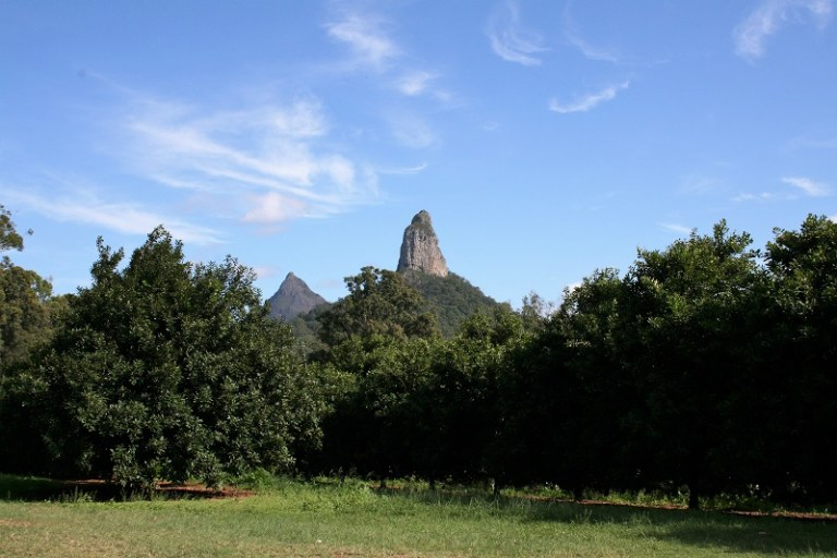 Daytrips Brisbane_Glasshouse Mountains Mount Coonowrin