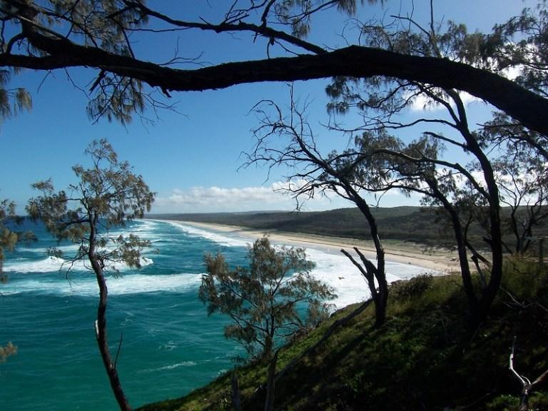 Daytrips Brisbane_Main Beach2 North Stradbroke Island