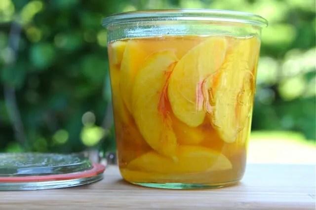 peaches to freeze