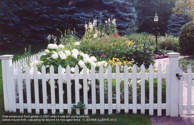 front-garden-2001-jeanne-illenye-811d7449f094ab98982adf1120ab5a4e4f326f22