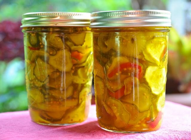 viola whitacre's 1952 bread and butter pickles
