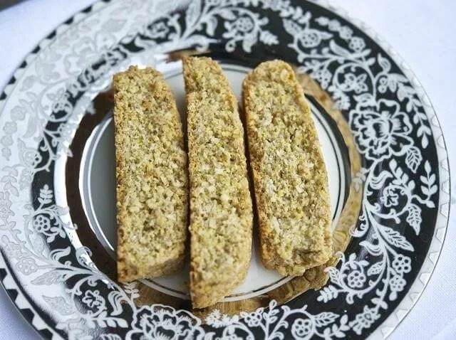 Coconut-cornmeal biscotti