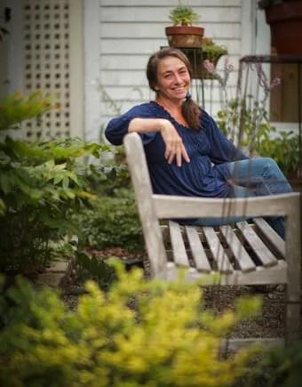 Katherine Tracel of Avant Gardens