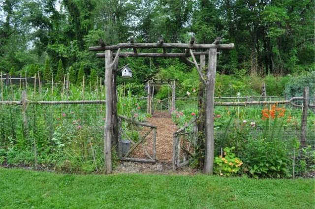 garden-welcome-645x428