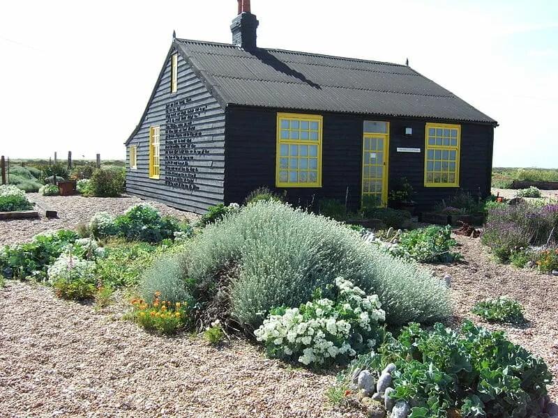 800px-Derek_Jarman's_garden