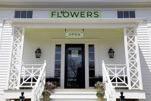Tiny Hearts Farm flower shop in Hillsdale NY