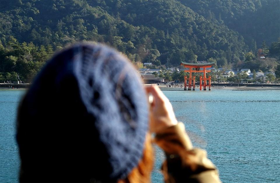 Fuzzy memories of the floating torii: Hiroshima Pt. 1