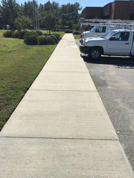 concrete sidewalk pressure washing charleston after