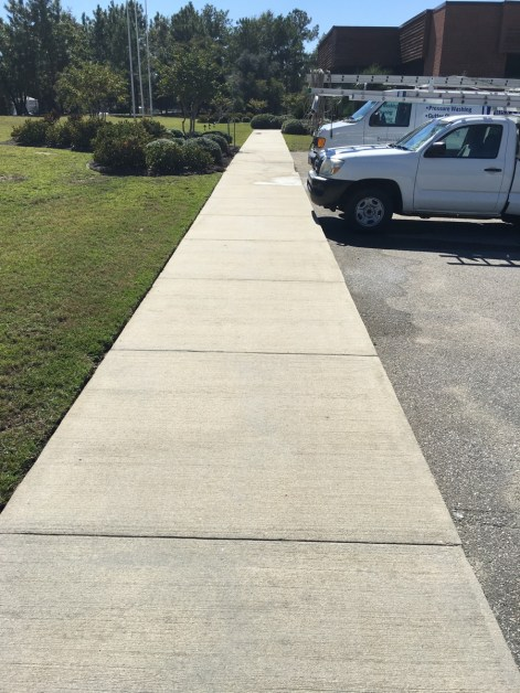 concrete sidewalk pressure washing charleston after