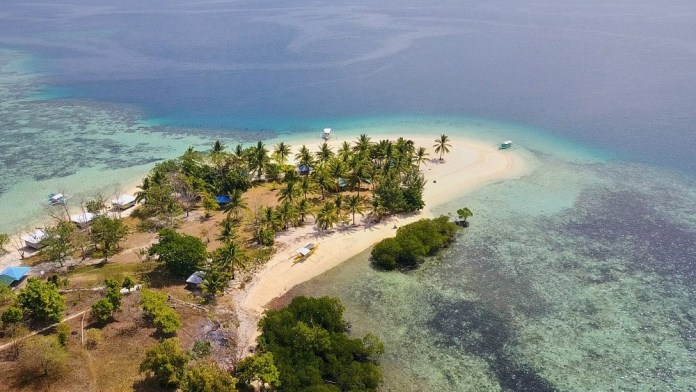 Pass island