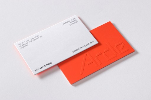07-Arde-Arquitectura-Diseño-y-Espacio-Branding-Logo-Blind-Emboss-Business-Card-IS-Creative-Studio-BPO