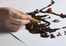 Famous T — концепт марки чая, придуманного в агентстве «Гордость».