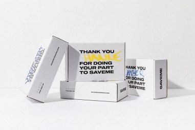 Банки газировки SAVEME, для которой студия SKINN разработала 96 вариантов дизайна