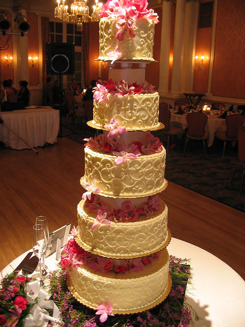 Tall  Pink   Yummy    A Wedding Cake Blog Tall  Pink   Yummy