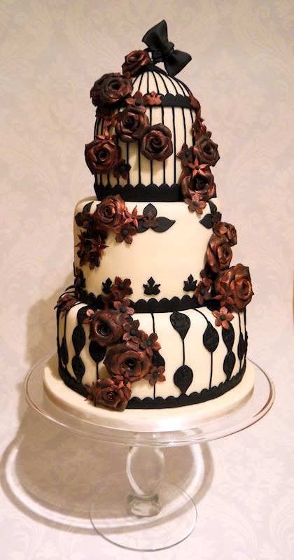 Gothic Roses And Birdcage Wedding Cake A Wedding Cake Blog