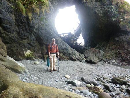 Natural arch along the Olympic coast