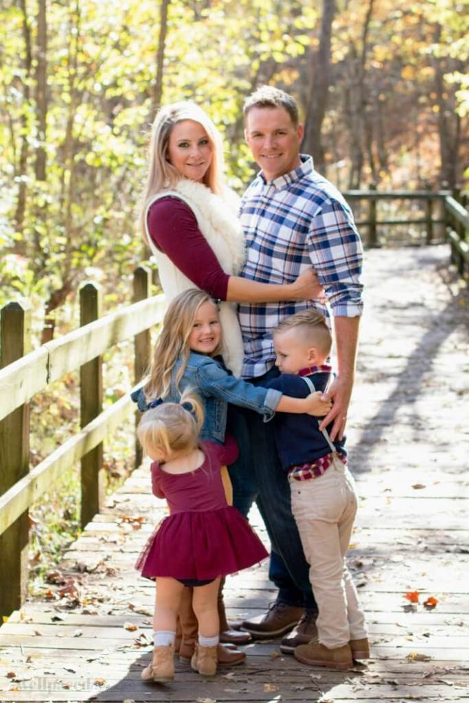women s mix match outfits for fall family photos