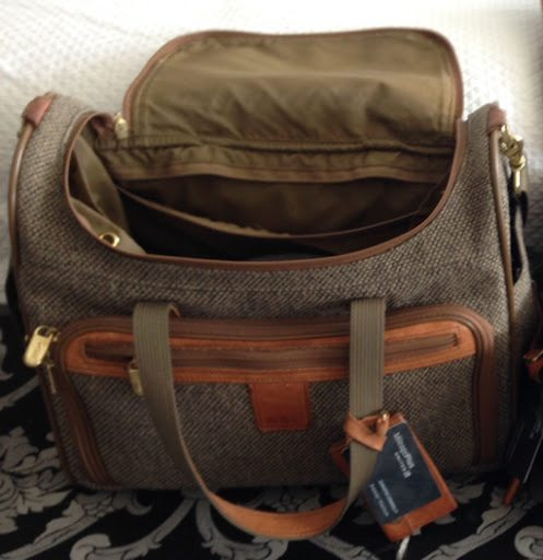 How to Pack Light to Travel With Carry on Only