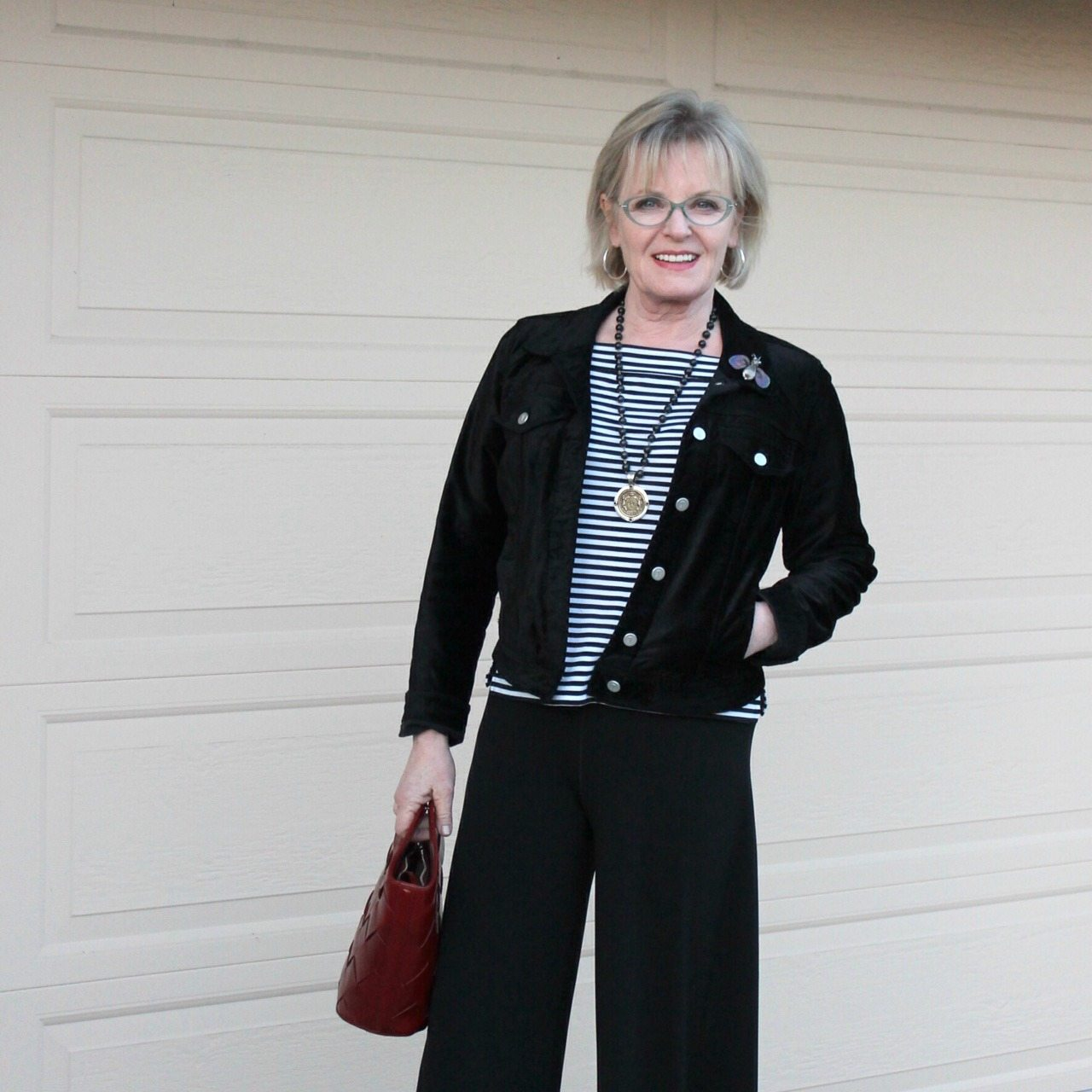 Jennifer Connolly of A Well Styled life wearing velvet jean jacket from Anthropologie