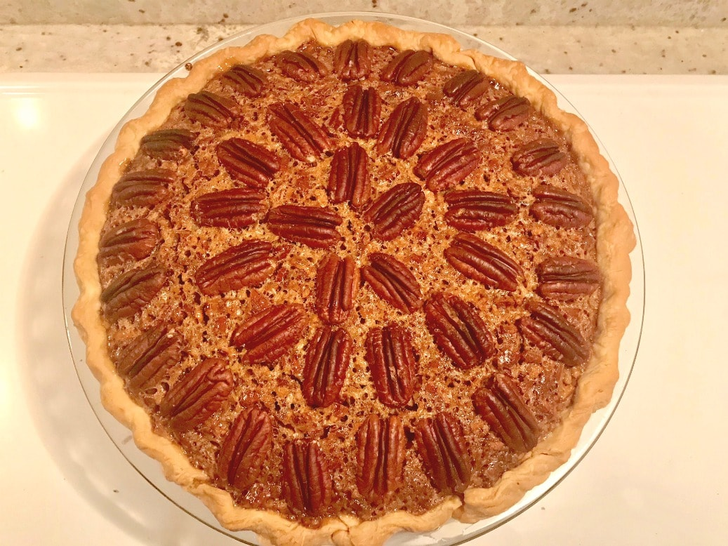 jennifer Connolly's killer pecan pie on A Well Styled Life