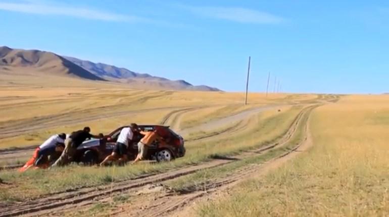 Mongol Rally Screenshot2