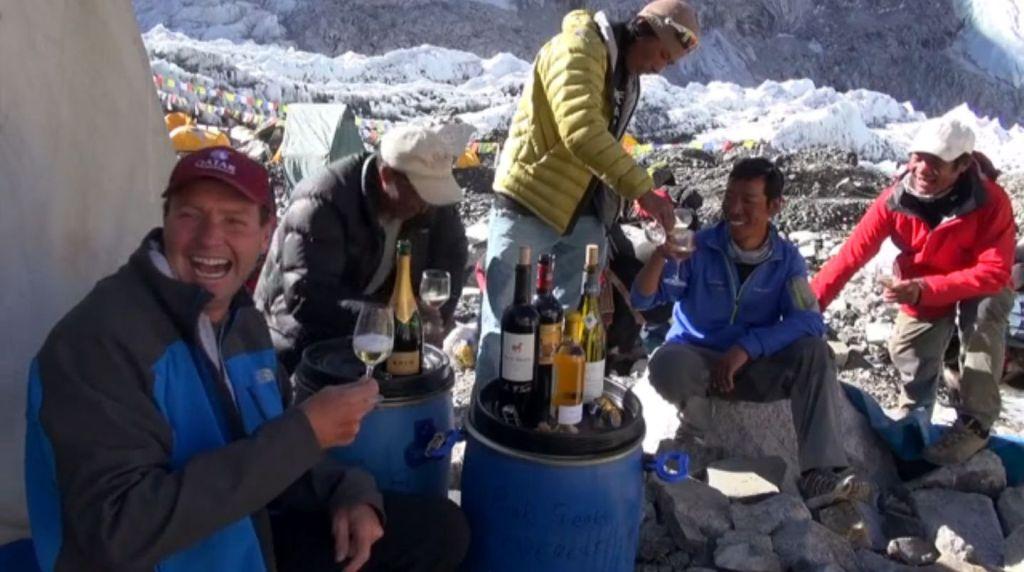 Wine Tasting at Everest Screenshot3
