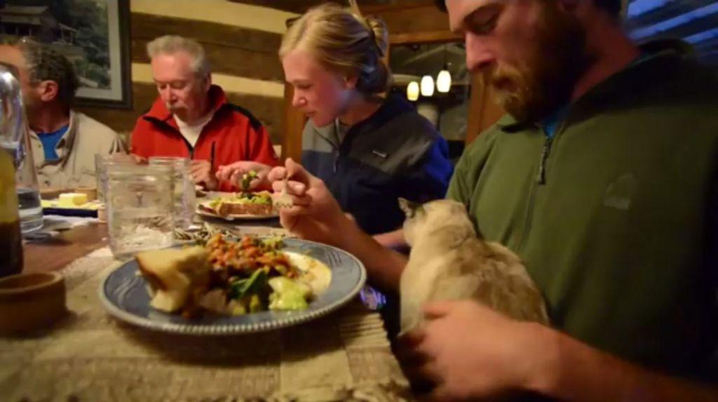 Appalachian Trail -The 3.5 minute thru-hikeScreencap2