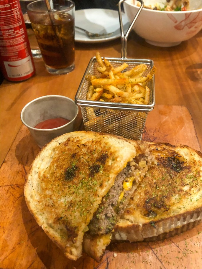 EG Angus Sourdough Burger