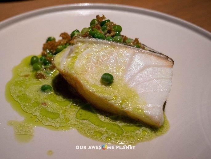 Sea bass, fennel, green pea