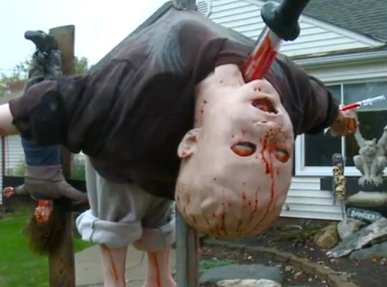 11 Awesome And Worth Making Halloween Decorations