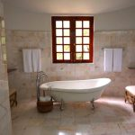 What To Look For In A Freestanding Bathtub Awesome Bathroom Accessories