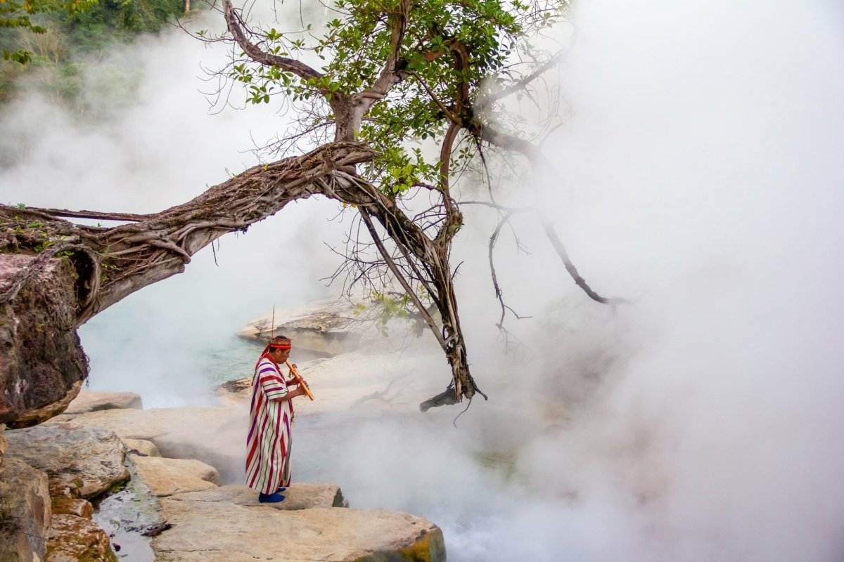 boiling river of amazon