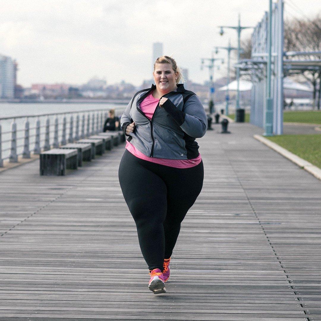 plus size model gets fat-shamed anna o'brien image 1